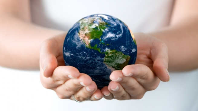 holding_earth_in_hands